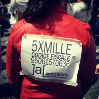 Codice Fiscal 5xMille sign on womans back